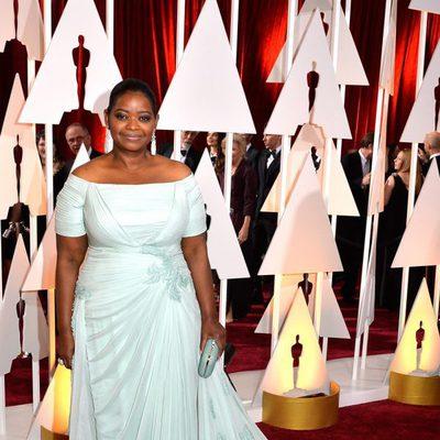 Octavia Spencer llega a la alfombra roja de los Oscar 2015