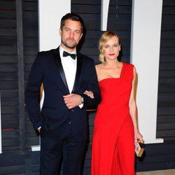 Diane Kruger y Joshua Jackson en la fiesta Vanity Fair tras los Oscar 2015