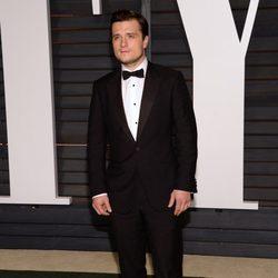 Josh Hutcherson en la fiesta Vanity Fair tras los Oscar 2015