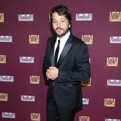 Diego Luna en la fiesta de Fox tras los Oscar 2015