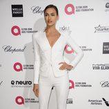 Irina Shayk en la fiesta de Elton John tras los Oscar 2015