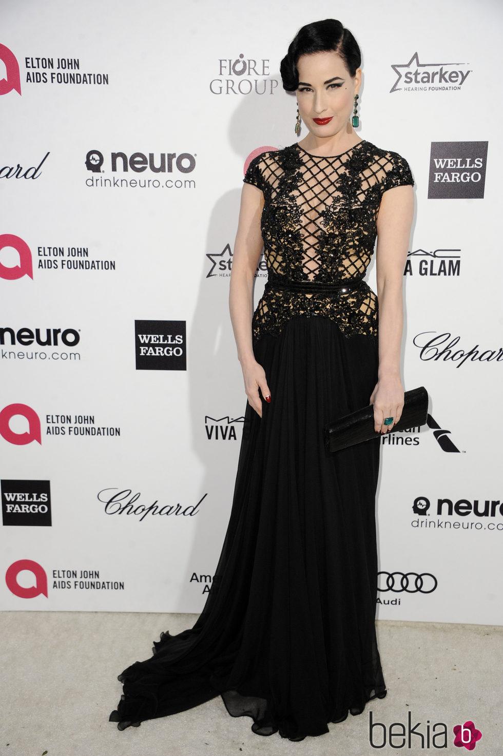 Dita Von Teese en la fiesta de Elton John tras los Oscar 2015