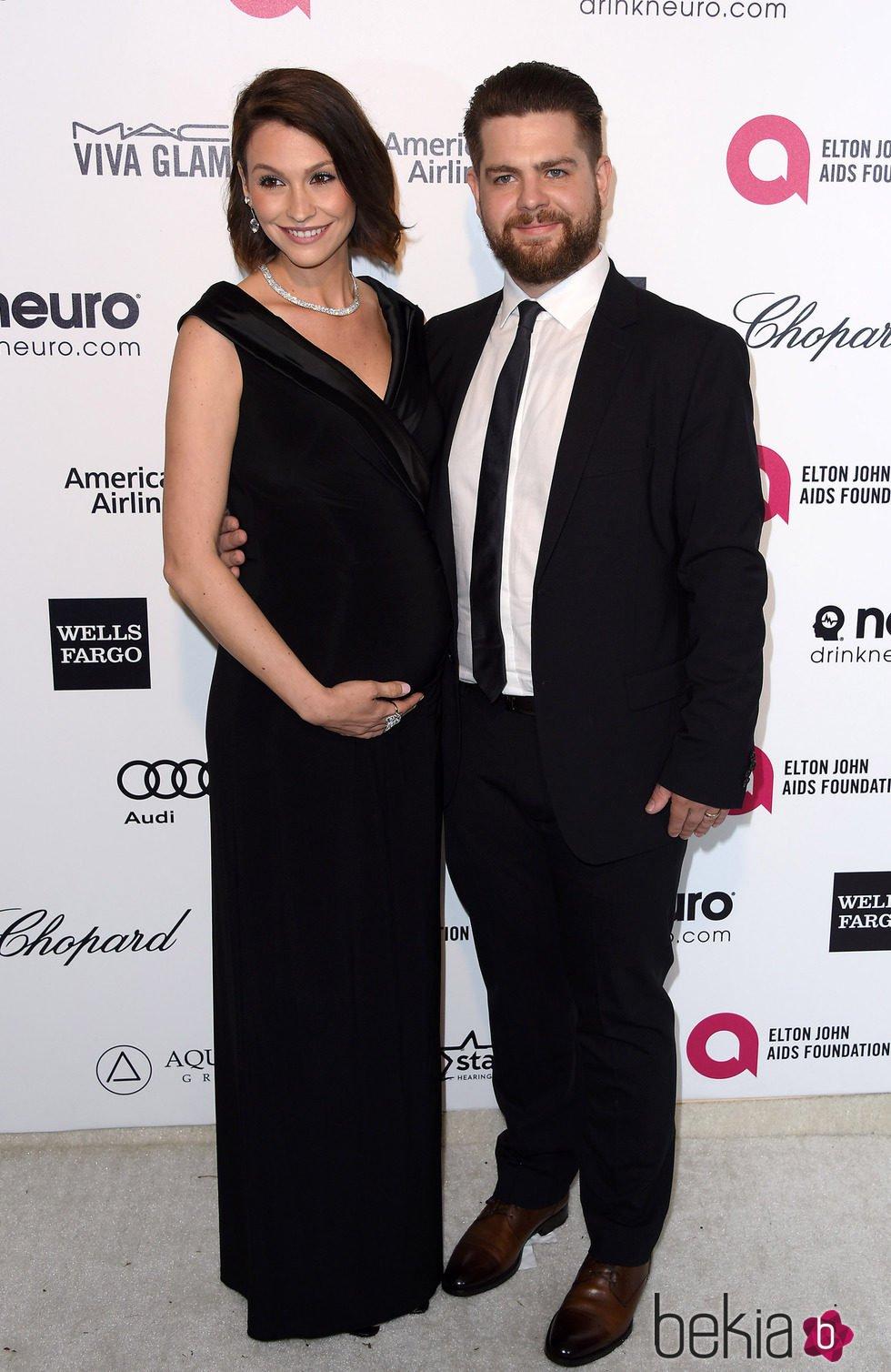 Jack Osborne y Lisa Stelly en la fiesta de Elton John tras los Oscar 2015