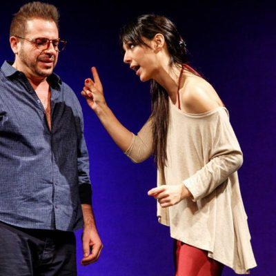 Roger Pera y Cristina Brondo en la obra teatral 'Orgasmos. La Comedia'