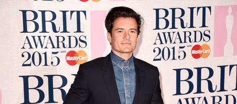 Orlando Bloom en la alfombra roja de los Brit Awards 2015