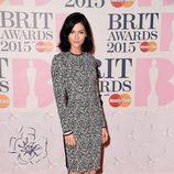 Leigh Lezark en la alfombra roja de los Brit Awards 2015