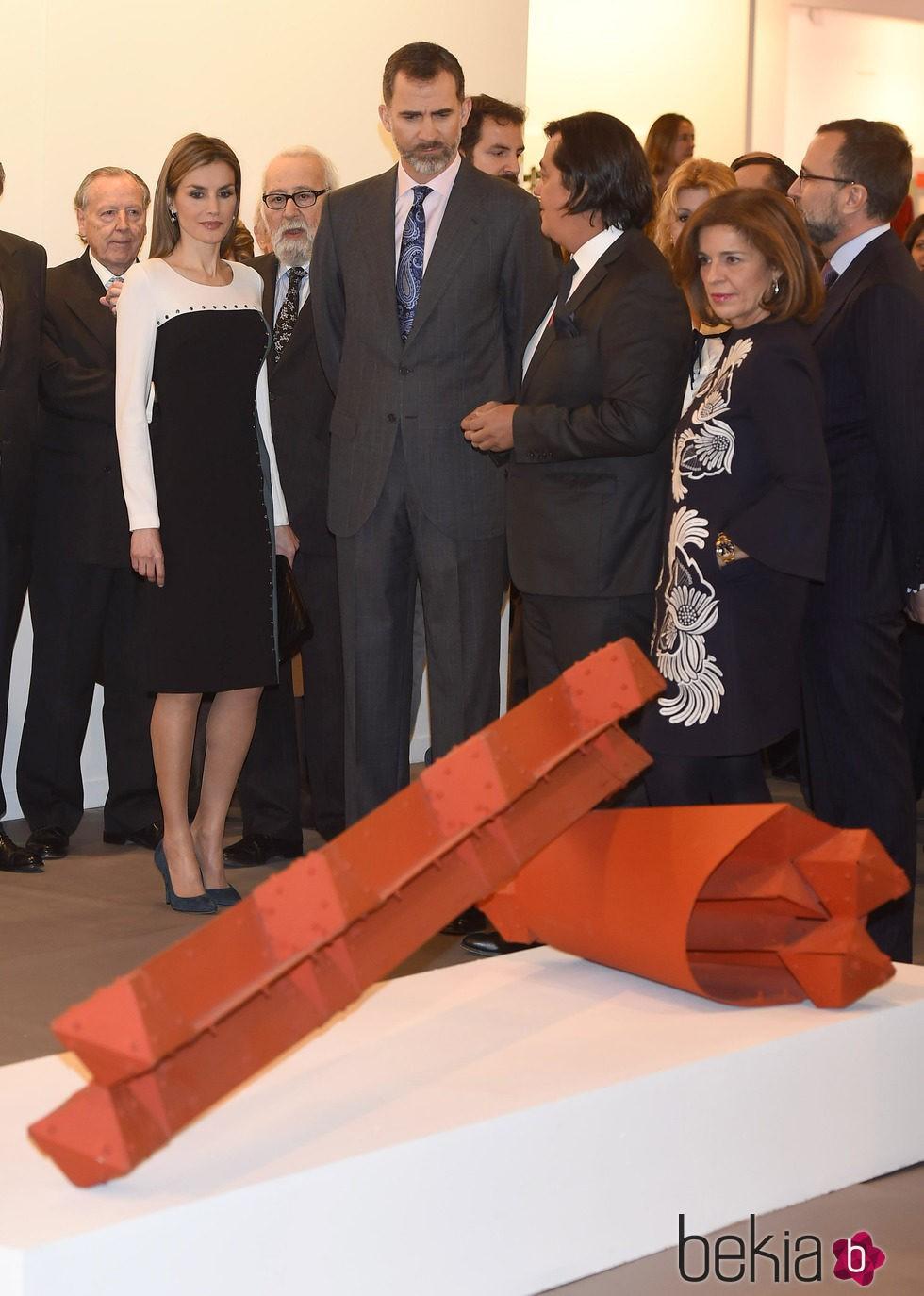 Los Reyes Felipe y Letizia en ARCO 2015