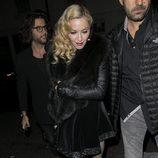Madonna llegando a su fiesta tras la entrega de los Brit Awards 2015
