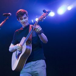 Shawn Mendes interpreta uno de sus temas en Madrid