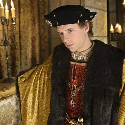 Álvaro Cervantes es Carlos V en 'Carlos, Rey Emperador'