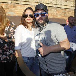 Kiko Rivera con su novia Irene Rosales en su nuevo bar de copas en Sevilla