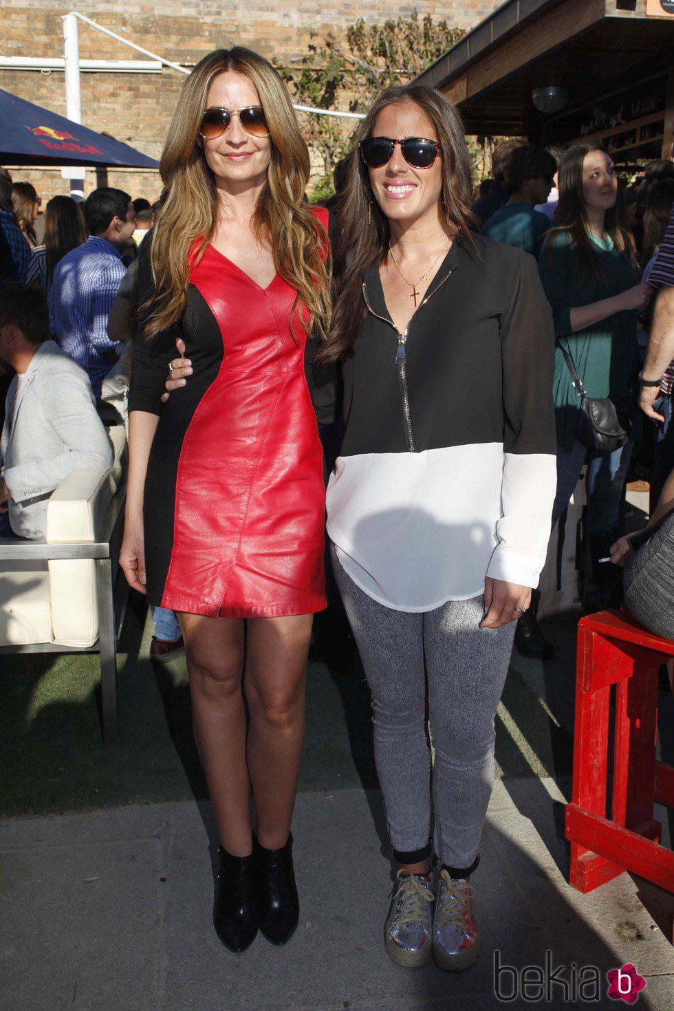 Anabel Pantoja y Olvido Hormigos en la inauguración del nuevo bar de Kiko Rivera en Sevilla