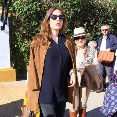 Lourdes Montes luce embarazo en Olivenza