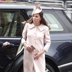 Kate Middleton luce embarazo en el Día de la Commonwealth 2015