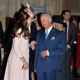 Kate Middleton y el Príncipe Carlos ríen divertidos en el Día de la Commonwealth 2015