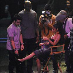 Nicki Minaj y Casper Smart en el rodaje del video 'The Night Is Still Young'