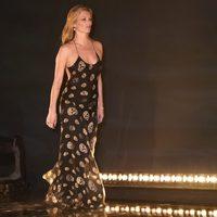 Kate Moss en la inauguración de la exposición de Alexander McQueen en Londres