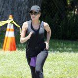 Eva Mendes practicando ejercicio en Los Angeles