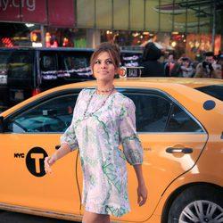 Eva Mendes graba un anuncio de su colección de ropa para la firma New York & Company