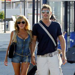 Ana Obregón pasea su amor con Darek por Formentera en 2007