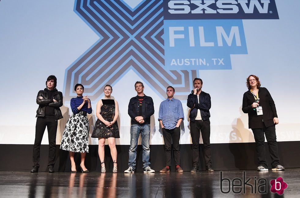 Eva Mendes y Ryan Gosling promocionan 'Lost River' junto a resto del equipo de la película