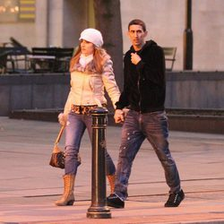 Ángel Di María y Jorgelina Cardoso paseando cogidos de la mano por Manchester