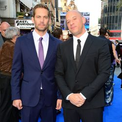 Paul Walker y Vin Diesel en el estreno de 'Fast & Furious 6' en Londres