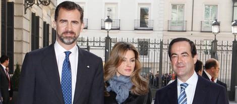 Los Reyes Felipe y Letizia con José Bono
