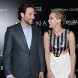 Bradley Cooper y Jennifer Lawrence en el photocall de serena