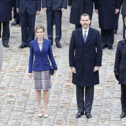 Los Reyes Felipe y Letizia con Manuel Valls en su primer Viaje de Estado a Francia como Reyes de España