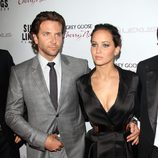 Bradley Cooper y Jennifer Lawrence en el estreno de 'El lado bueno de las cosas'