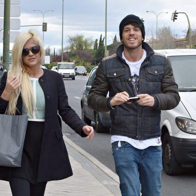 Ylenia y Fede paseando por Madrid