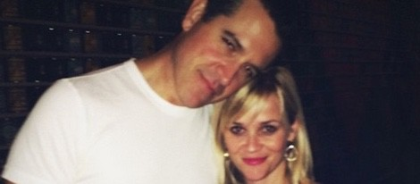Reese Witherspoon con su marido Jim Toth