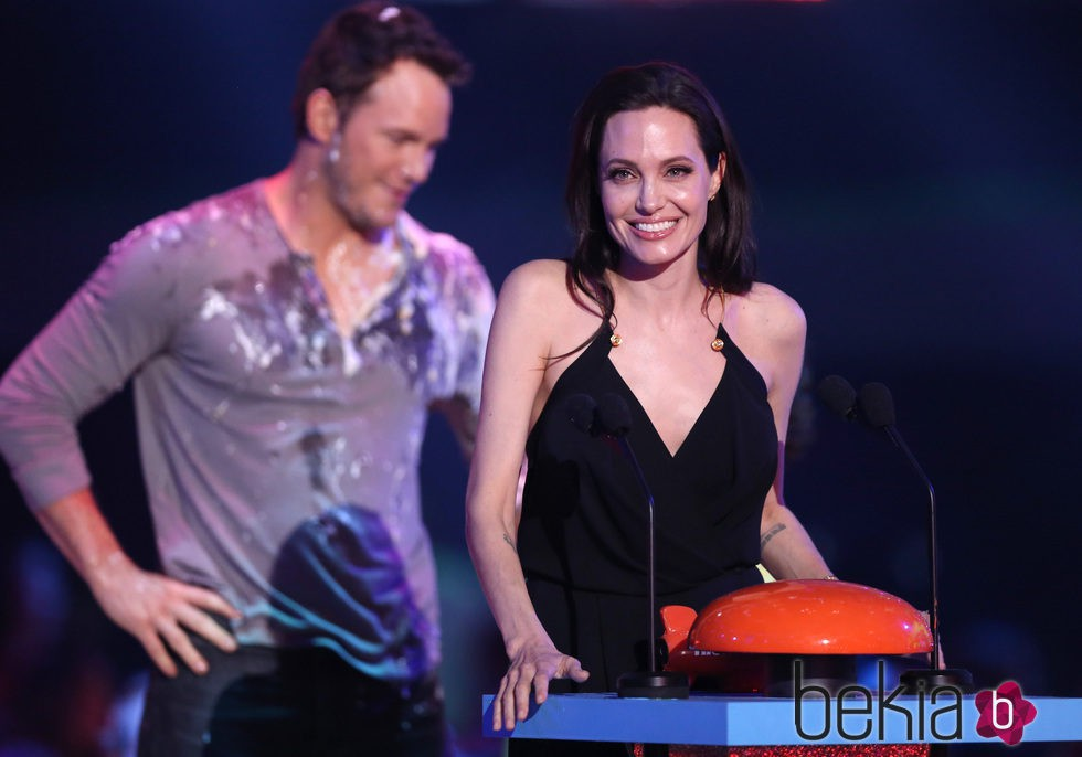 Angelina Jolie y Chris Pratt en los Nickelodeon Kids Choice Awards 2015