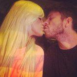 Ylenia y Fede besándose