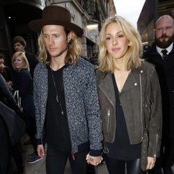 Dougie Poynter y Ellie Goulding pasean su amor por las calles de Londres