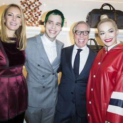 Dee Ocleppo, Ricky Hil, Tommy Hilfiger y Rita Ora en la inauguración de una tienda de Tommy Hilfiger en París