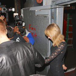 Taylor Swift y Calvin Harris salen de un concierto cogidos de la mano