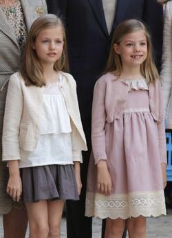 La Princesa Leonor y la Infanta Sofía en la Misa de Pascua de Mallorca