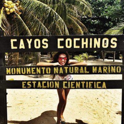 Lara Álvarez en Cayos Cochinos preparando el estreno de 'Supervivientes 2015'