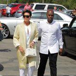 Kris Jenner y su nuevo novio Corey Gamble en la Misa de Pascua 2015