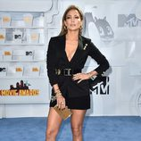 Jennifer Lopez en los MTV Movie Awards 2015