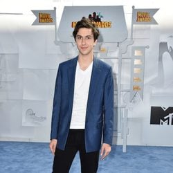 Nat Wolff en los MTV Movie Awards 2015