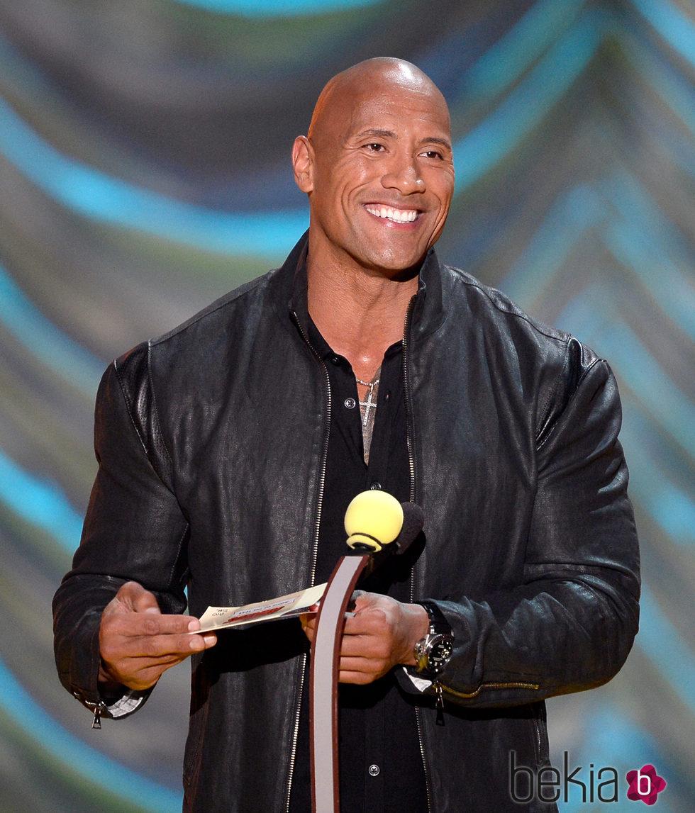Dwayne Johnson durante la gala de los MTV Movie Awards 2015