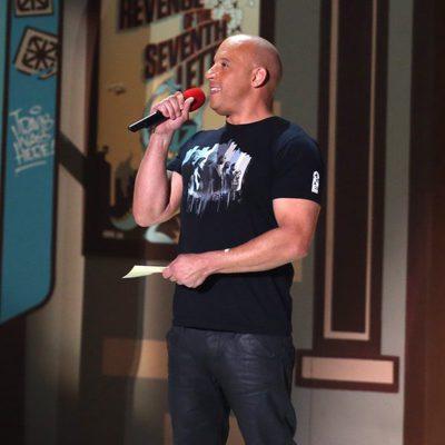 Vin Diesel cantando See you Again en los MTV Movie Awards