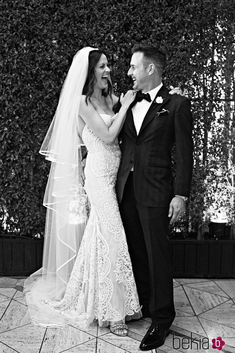 David Arquette y Christina McLarty en su foto oficial de boda