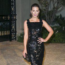Kate Beckinsale en una fiesta organizada por Burberry en Los Angeles