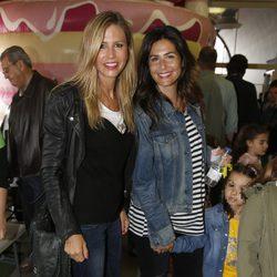 Patricia Cerezo y Nuria Roca en el mercadillo Family Market