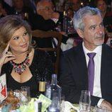 Terelu Campos y José Valenciano en los Premios Sancho Panza 2015