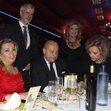 Carmen Borrego, José Carlos Bernal, Terelu Campos, José Valenciano y María Teresa Campos en los Premios Sancho Panza 2015